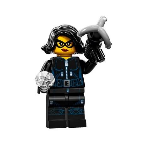 Lego Minifig Serie 15 71011 - la voleuse de pierres précieuses (La Petite Brique)