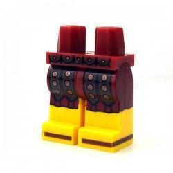 Lego Minifigure - JambesTunique avec lanières de cuir, clous cuivrés, sandales marron