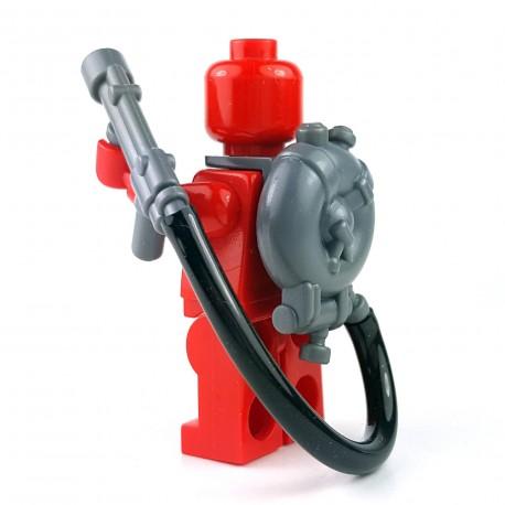 Lego Accessoires Minifigure BrickWarriors - Lance flammes British Flamethrower (Gris)