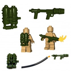 Lego Minifig BrickWarriors - Lance flammes US Flamethrower (Vert Militaire)