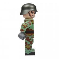 United Bricks WW2 German Solider in Italian Camo LEGO Minifigure