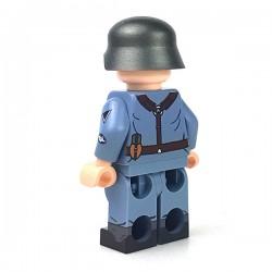United Bricks Luftwaffe Flak Soldier LEGO Minifigure