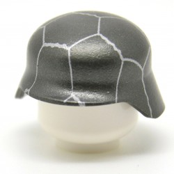 United Bricks - WW2 Stahlhelm Helmet With Chicken Wire (Gunmetal)