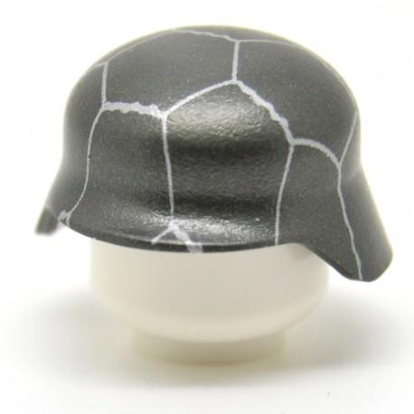 United Bricks - WW2 Stahlhelm Helmet With Chicken Wire (Gunmetal)