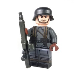 United Bricks - WW2 Greatcoat German MG Gunner Minifigure legor army