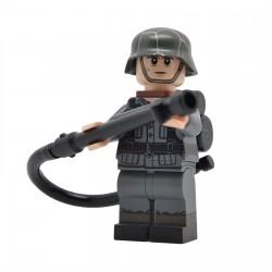 United Bricks - WW2 Soldat Allemand avec lance-flammes Minifigure Lego