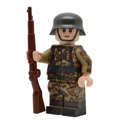 United Bricks - WW2 Soldat Allemand Oak Leaf Camo Smock (Kar98k) Minifigure Lego