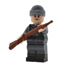 United Bricks - WW2 German Rifleman v2 Field Cap Minifigure Lego