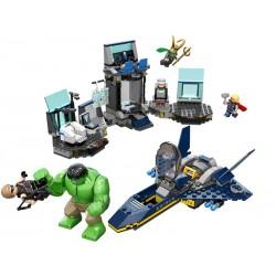 LEGO Super Heroes 6868 L'évasion en héliporteur de Hulk