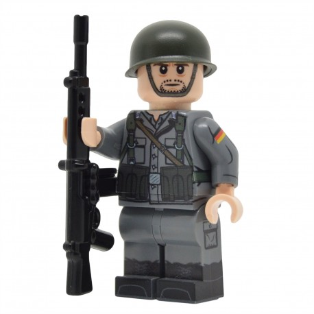United Bricks - Soldat Ouest-Allemand de la Guerre Froide Minifigure