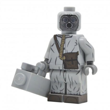 United Bricks - Cold War Soviet Soldier in NBC Suit Minifigure