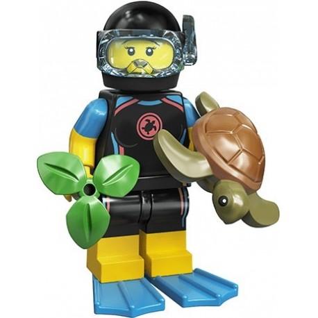 LEGO® Série 20 - la sauveteuse en mer - 71027