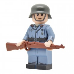 United Bricks - WW2 Luftwaffe Flak Soldier Minifigure