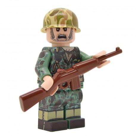 United Bricks - WW2 U.S. Marine Rifleman in Frog Skin Camo Minifigure