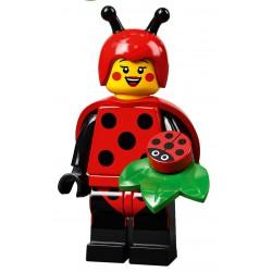 LEGO® Série 21 - la fille en costume de coccinelle - 71029