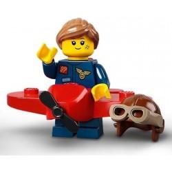 LEGO® Série 21 - la fille en costume d'avion - 71029
