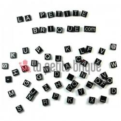 Lego Accessoires Alphabet - Lettres sur des tuiles - Tile (La Petite Brique)