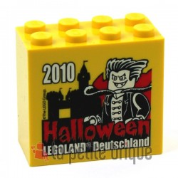 Brick 2 x 4 x 3 with Legoland Deutschland Halloween 2010 Pattern