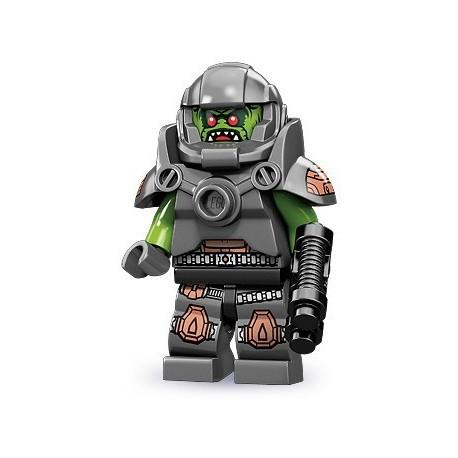 LEGO Minifigures Serie 9 - le vengeur extraterrestre - 71000 (La Petite Brique, le spécialiste de la minfig)