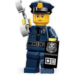 LEGO Minifigures Serie 9 - le policier - 71000 (La Petite Brique, le spécialiste de la minfig)