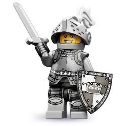 LEGO Minifigures Serie 9 - le chevalier héroïque - 71000 (La Petite Brique, le spécialiste de la minfig)