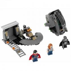 Lego 76009 - Superman : l'évasion de Black Zero (La Petite Brique)