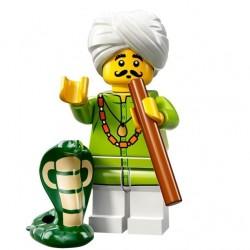 LEGO Serie 13 - le Charmeur de serpents - 71008 (La Petite Brique)